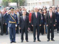 Cumhuriyet Bayramı çelenk töreni