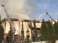 Akhisar OSB'de Viol deposu yandı