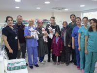 Üçüz bebekler Özel Doğuş Hastanesi'nde yaşama tutundu