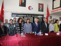CHP İlçe Başkanı İsmail Fikirli mazbatasını aldı