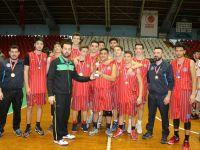 Genç Erkekler basketbolda Eksen Temel Lisesi şampiyon oldu
