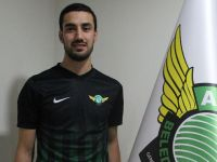 T.M. Akhisarspor'da Alperen Babacan kiralık verildi