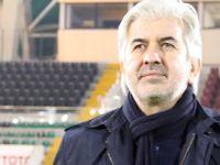 Stadyumda ilk üçlüyü Akhisar Belediye Başkanı Salih Hızlı çektirdi