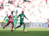 T.M Akhisarspor, Sivas deplasmanından 1 puanla dönüyor
