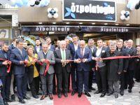 Özpolatoğlu Akhisar'da 3'üncü mağazasını açtı