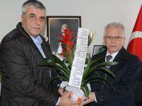 AK Parti'den Akhisar Belediyespor'a ziyaret