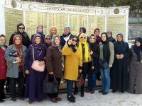 Ülkücü Kadınlar, Şehitliği ziyaret etti