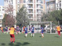 Çağlayanspor'a Yıldırım Çarptı 2-1