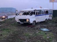 Akhisar'da işçi servisi kaza yaptı 12 kişi yaralandı