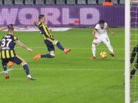 T.M. Akhisarspor, Fenerbahçe'yi 3-2 yenerek 4'de 4 yaptı