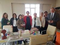 İYİ Parti 8 Mart'ta kadınları yalnız bırakmadı