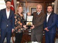 Vali Güvençer, Türkiye'nin ilk kadın oda başkanı Pınar Güney ve yönetimini ağırladı