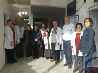 CHP Kadın Kolları, sağlık çalışanlarını unutmadı