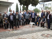 AK Parti'den Akhisar Huzurevine ziyaret