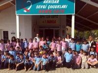 Akhisar Ticaret Borsası Altıeylül ilköğretim öğrencileri Down Cafe'yi ziyaret etti