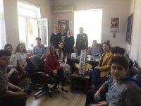 Özel Merkez Lisesi öğrencileri, Akhisarlı polisleri ziyaret etti