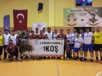 Hüseyin Çeçen ve Armağan Özeş Futsal turnuvasında 39 maç geride kaldı