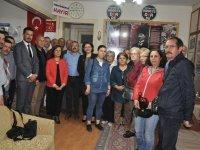 İyi Parti İlçe teşkilatı Türk Eğitim Sen'i ziyaret etti