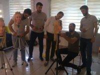 Akhisar'ın ödüllü kuaförü Deren, milli takıma meslektaşlarını kazandırmaya devam ediyor