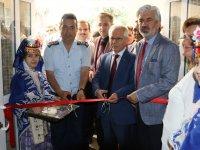 Akhisar Halk Eğitim Merkezi yıl sonu sergisi açıldı