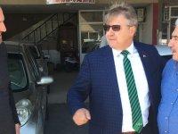 Ak Partili aday adayı Karaoğlu seçim çalışmalarını Galericiler Sitesinde sürdürdü