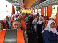 Akhisar'dan Umre Kafilesi dualarla uğurlandı