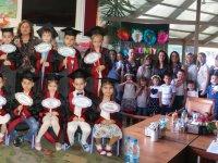 Misak-ı Milli İlkokulu, anasınıfı sabahçı grupların mezuniyet sevinci