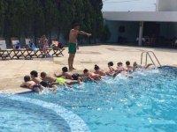 Palm City Hotel Akhisar'da yüzme kursları başlıyor