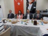 Akhisar Cumhuriyet Başsavcısı hükümlülerle iftar sofrasında buluştu