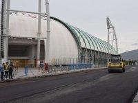 Büyükşehir'den Akhisar Stadyumu etrafına asfalt