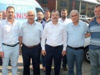 AK Parti Manisa Milletvekili Uğur Aydemir, Akhisarlı esnaflarla buluştu