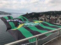 Akhisar Belediyespor'un bayrağı İstanbul boğazını süslüyor