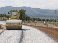 Akhisar'ın bağlantı yollarına asfalt