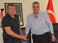 Akhisar Belediyespor'da Safet Susic imzayı attı