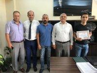 İlçe Milli Eğitim Müdürü Mermer, LGS ilçe birincisini tebrik etti