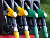 Benzin ve motorine zam ancak tüketiciye yansımıyor