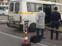 Akhisar'da 1 kişi araç içinde ölü bulundu