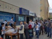 Türk Telekom Akhisar Şubesi çalışanlarından, Akhisarlılara pilav hayrı