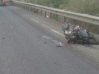 Motosiklet kamyona çarptı 1 kişi ağır yaralandı