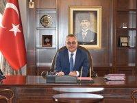 Manisa Valisi Ahmet Deniz, görevine başladı