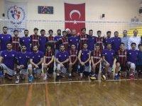 Akhisargücü Voleybol A takımı ilk maçını yaptı