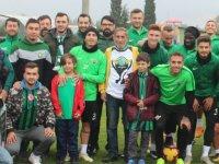 Yeşil Siyah Taraftarlar Derneğinden Bursa maçı öncesi takıma moral ziyareti