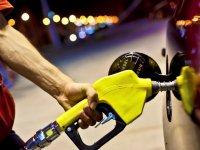 İşte yeni motorin ve benzin fiyatları