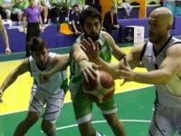 Akhisarlı devler, Mamak Belediye Yeni Mamakspor'u yenerek 4.galibiyetini aldı
