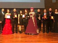 Akhisarlı Kuaförler, Ankara'da kimsesiz çocuklar yararına yarıştılar