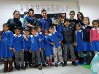 ADD Akhisar Gençlik Kollarından Kütüphanesi olmayan okul kalmasın projesi