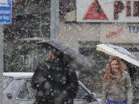 Akhisar'a yağacak olan kar yön değiştirdi! İşte son tahminler