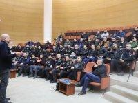 Akhisar Belediyesinden motosiklet sürücülerine eğitim desteği