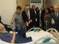 Cumhur ittifakı Akhisar adayı Hüseyin Eryüksel'den hastane ziyareti