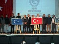Akhisar Ülkü Ocaklarından Doğu Türkistan Konferansı